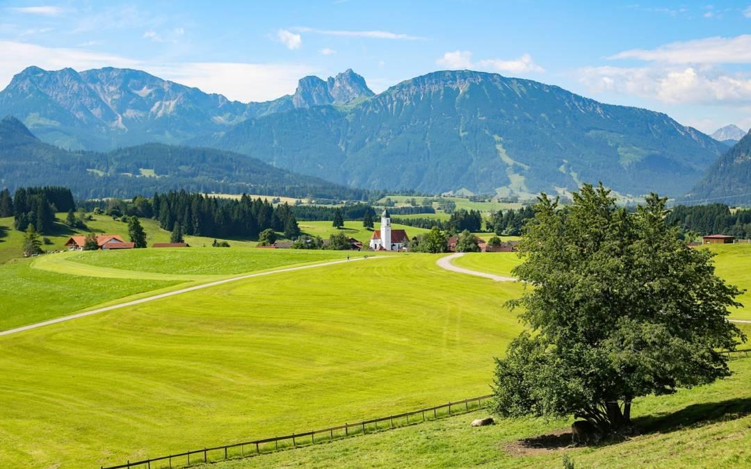 Ein neuer Kindergarten von cr2 im Berchtesgadener Land